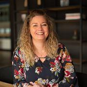 Ellen Runhart - Administratief medewerker