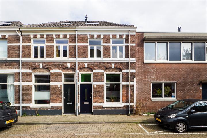 Javastraat 56