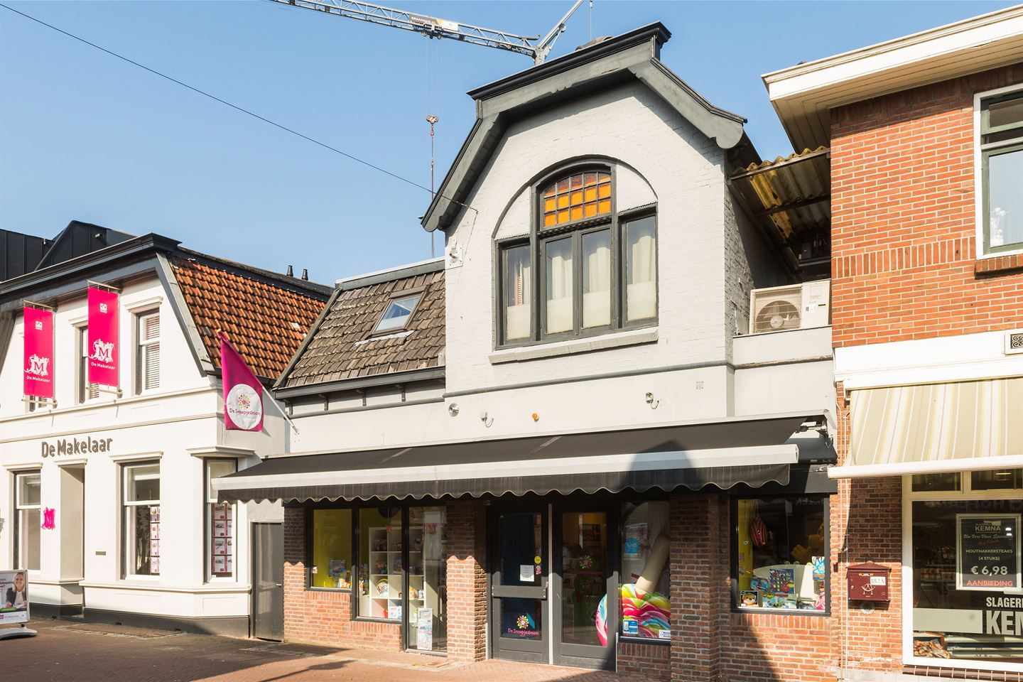 View photo 3 of Grotestraat 184