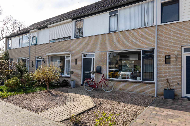 View photo 1 of van Merwedestraat 5