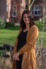 Shelley Arnouts-Looije (Sales employee)