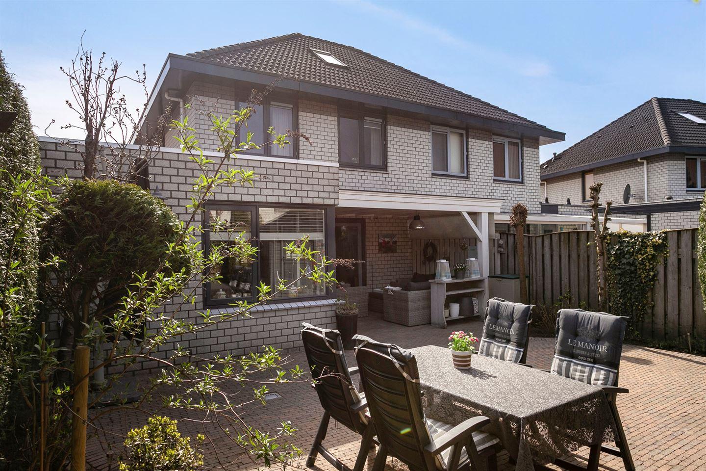 Bekijk foto 4 van Hoensbroekstraat 4