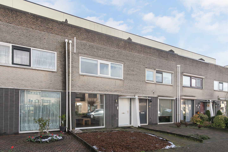 Bekijk foto 3 van Naardenstraat 137