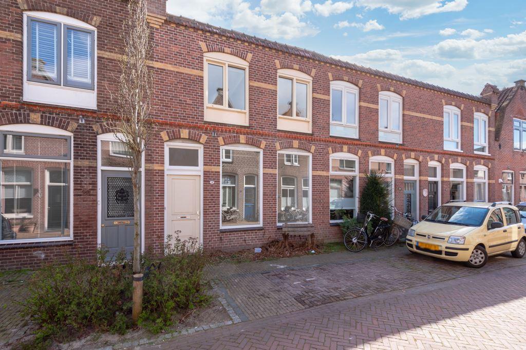 Bekijk foto 1 van Merensstraat 24