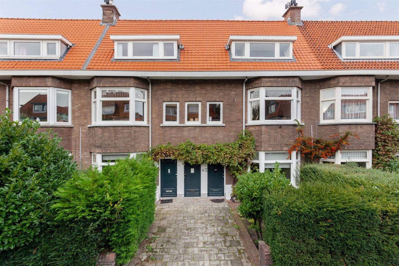 View photo 5 of Roelofsstraat 108