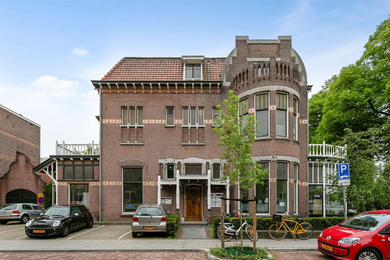 Bekijk foto 1 van Prins Hendrikstraat 2
