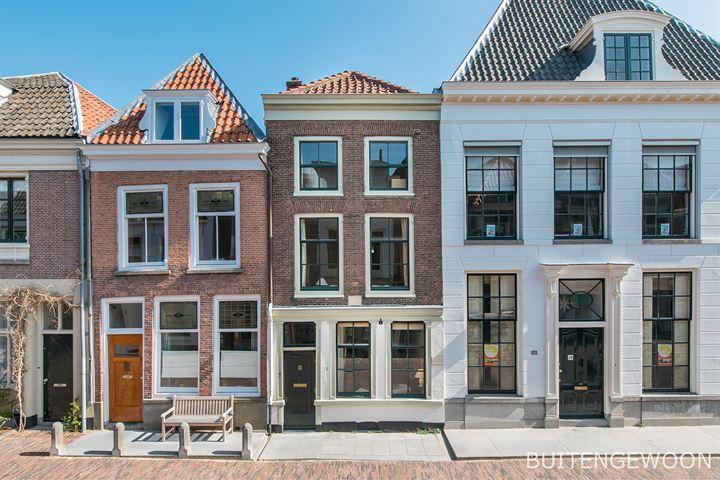 Lange Nieuwstraat 18