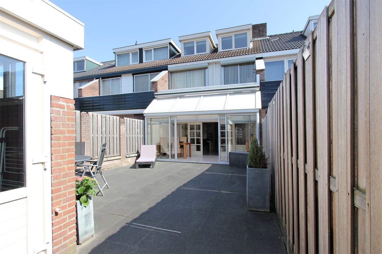 View photo 4 of Helfrichstraat 6