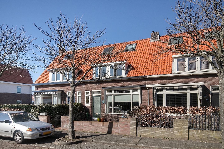 Bekijk foto 1 van J. van der Vegtstraat 26