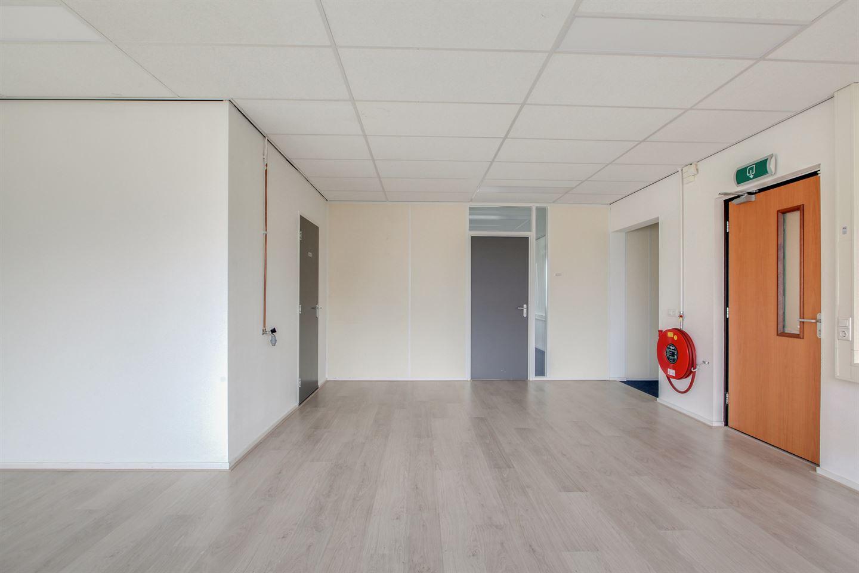 Bekijk foto 3 van Robijnstraat 28