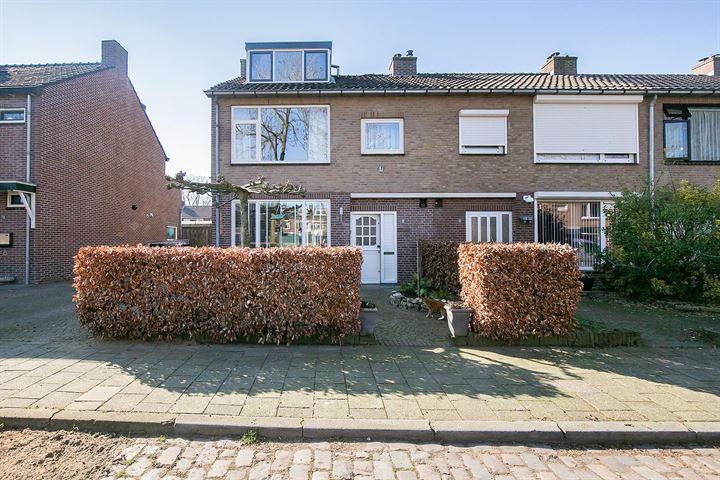Robijnstraat 15