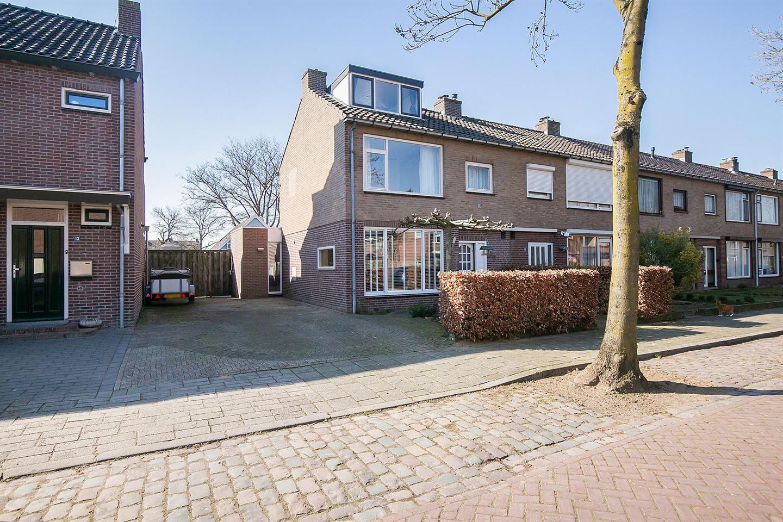 View photo 5 of Robijnstraat 15