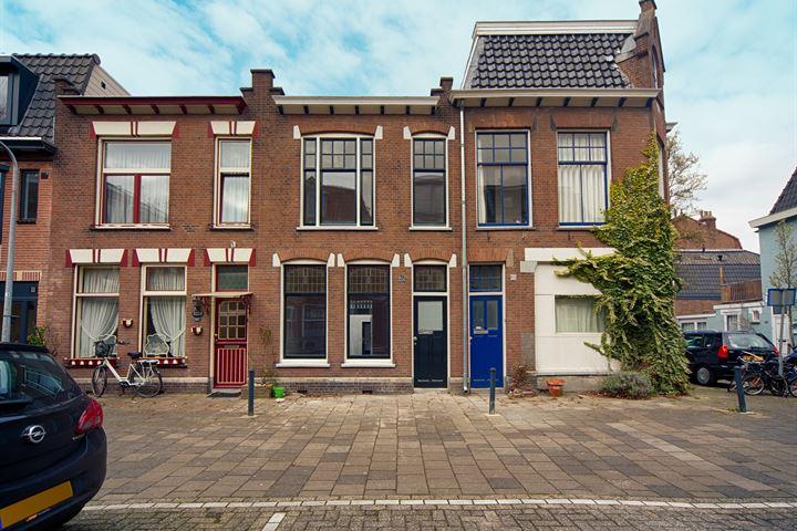 Jan Nieuwenhuijzenstraat 28