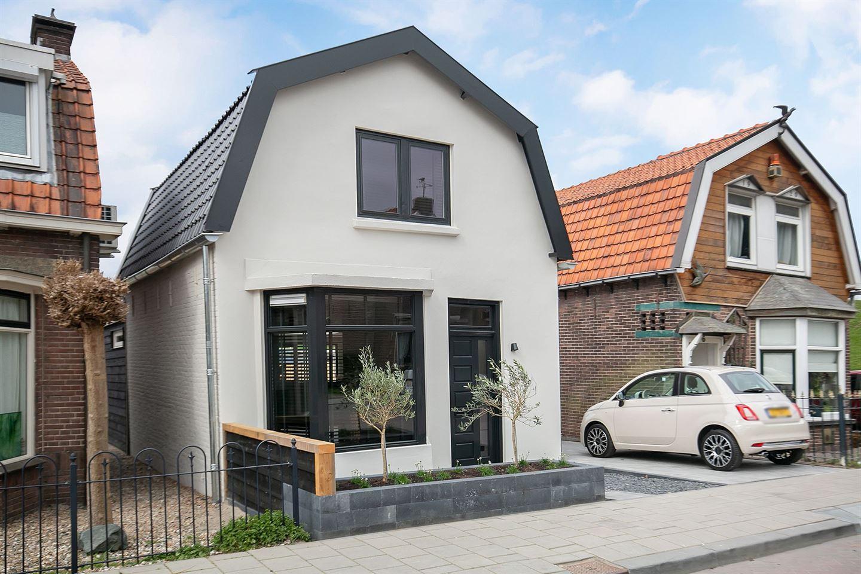 Bekijk foto 2 van Paul Krugerstraat 8