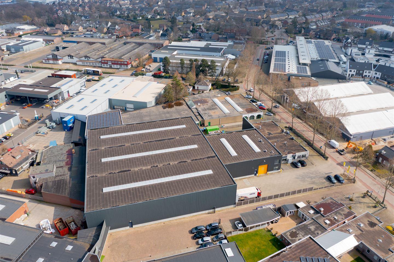 Bekijk foto 2 van Industrielaan 10