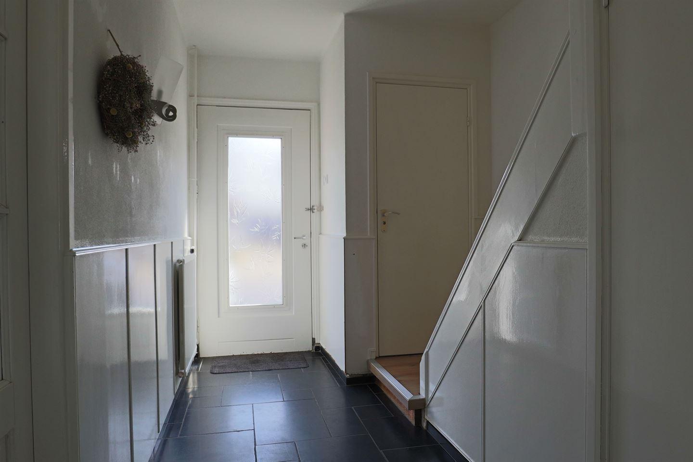 Bekijk foto 2 van Monseigneur Zwijsenstraat 17