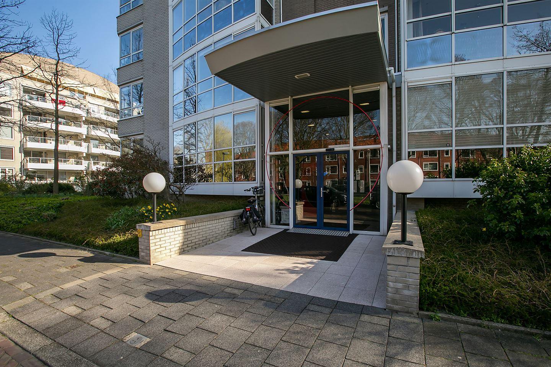 View photo 4 of Badhuislaan 7