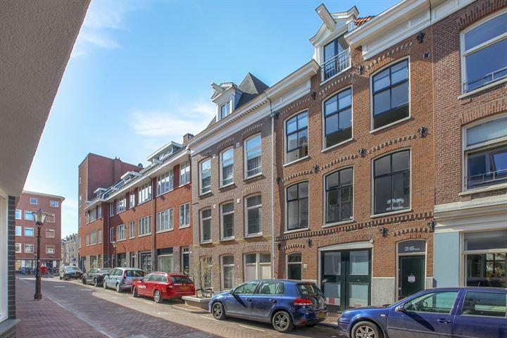 Douwes Dekkerstraat 26 III