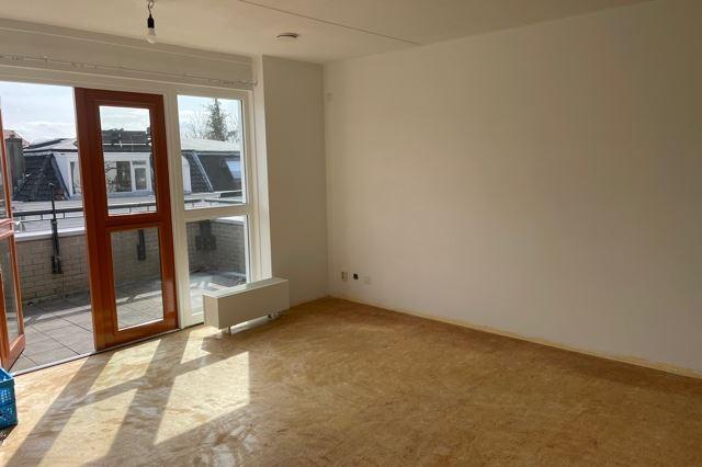 Bekijk foto 2 van Frombergstraat 60 2