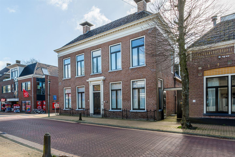 View photo 2 of Hoofdstraat 62