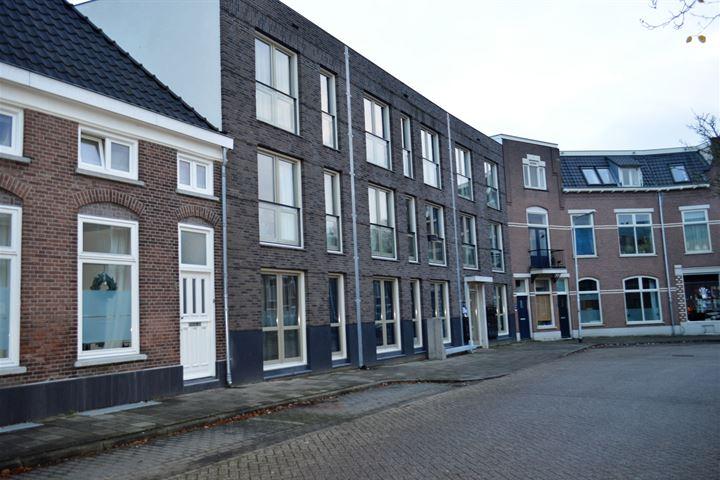 de Ruyterstraat 3 A