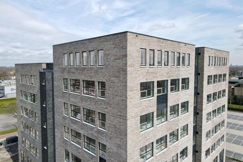 Bekijk foto 2 van Wijchenseweg 10 R