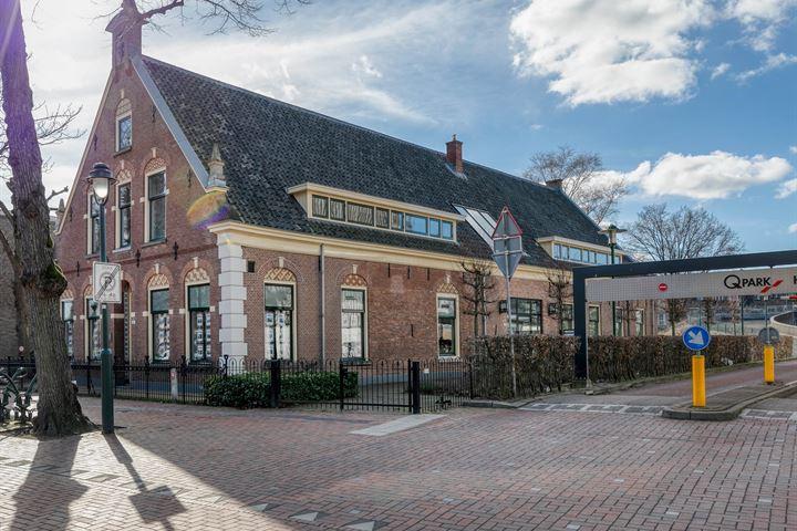 Groest 104 A, Hilversum