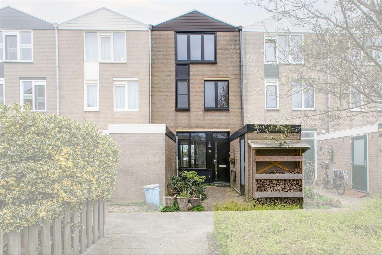 Bekijk foto 1 van Van der Heijdenstraat 39