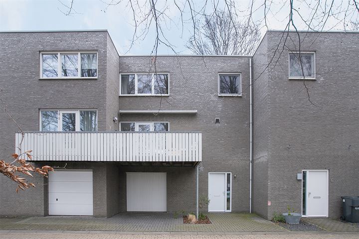 Bertus Aafjesstraat 4
