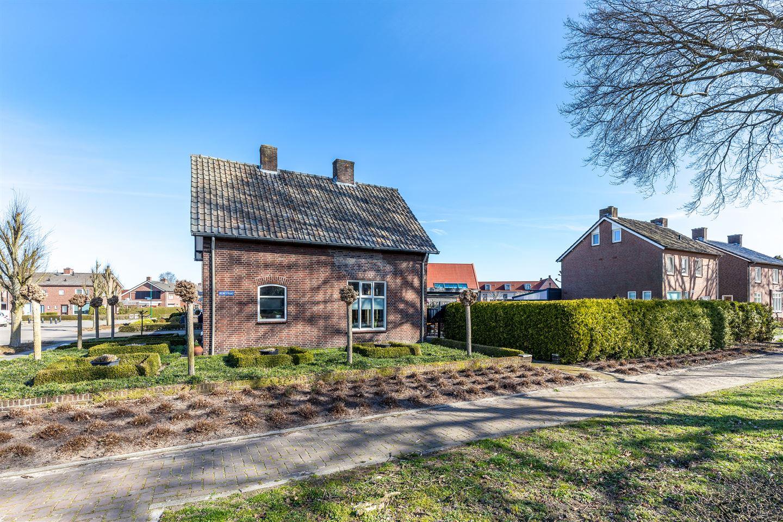 Bekijk foto 3 van Theobaldusweg 2