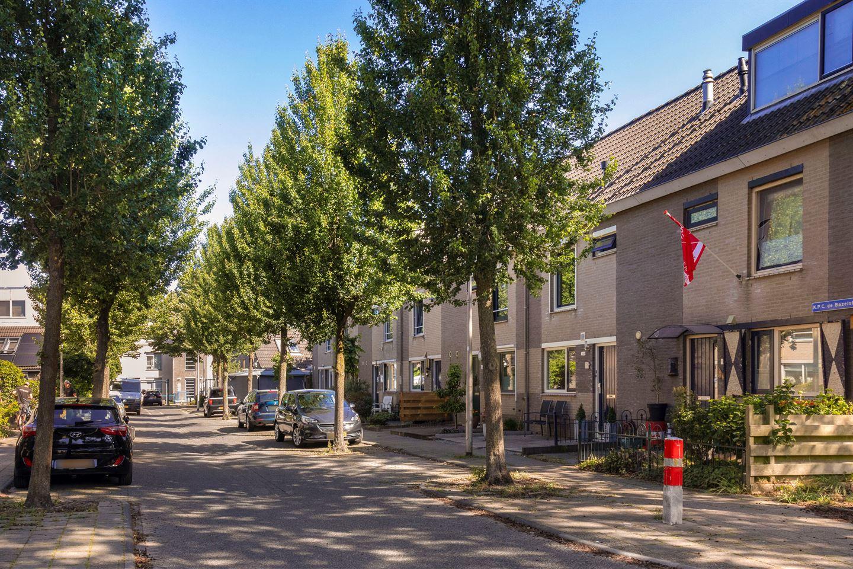 View photo 2 of K.P.C. de Bazelstraat 20