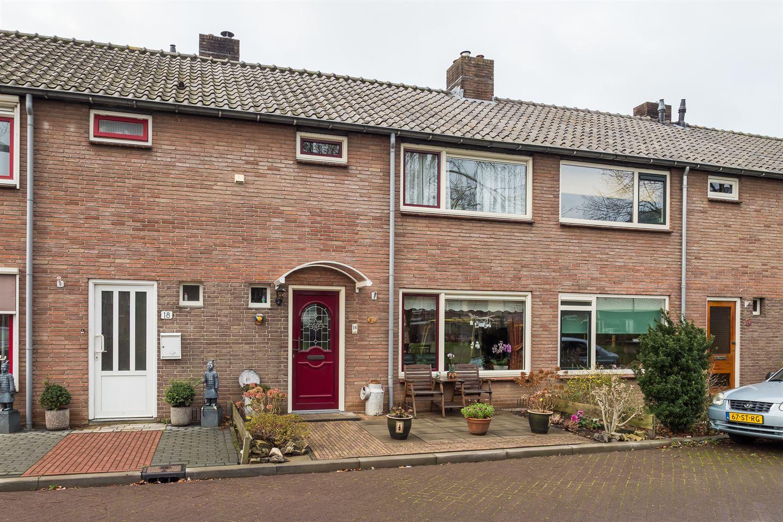 Bekijk foto 1 van Baron van Lyndenstraat 16