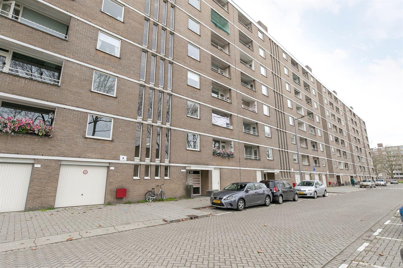 View photo 2 of Adriaan Dortsmanstraat 137