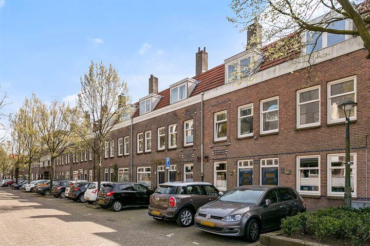 Geert van Woustraat 3