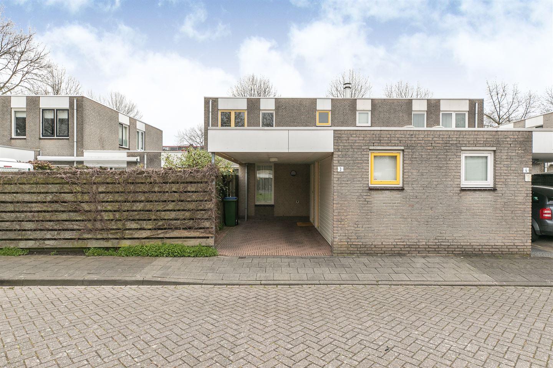 View photo 1 of Bruggeplein 3