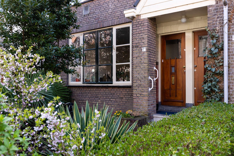 Bekijk foto 1 van Kerstant van den Bergelaan 7 A