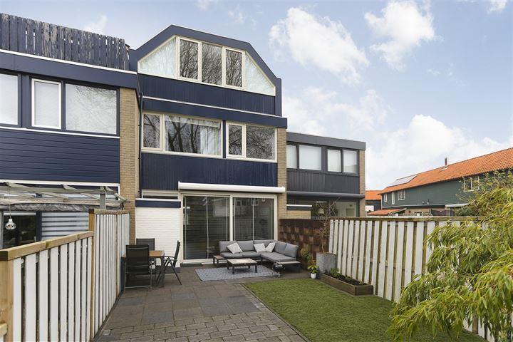 Constantijnstraat 15
