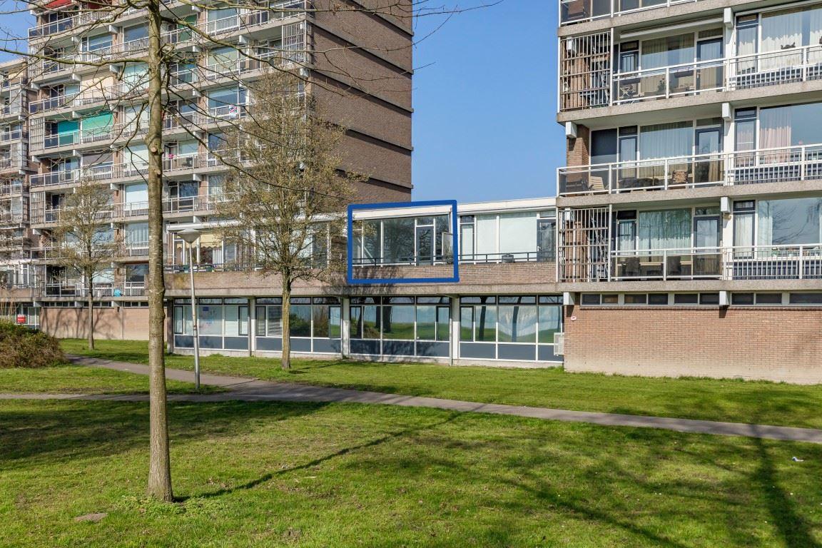 Bekijk foto 1 van Saffierstraat 63