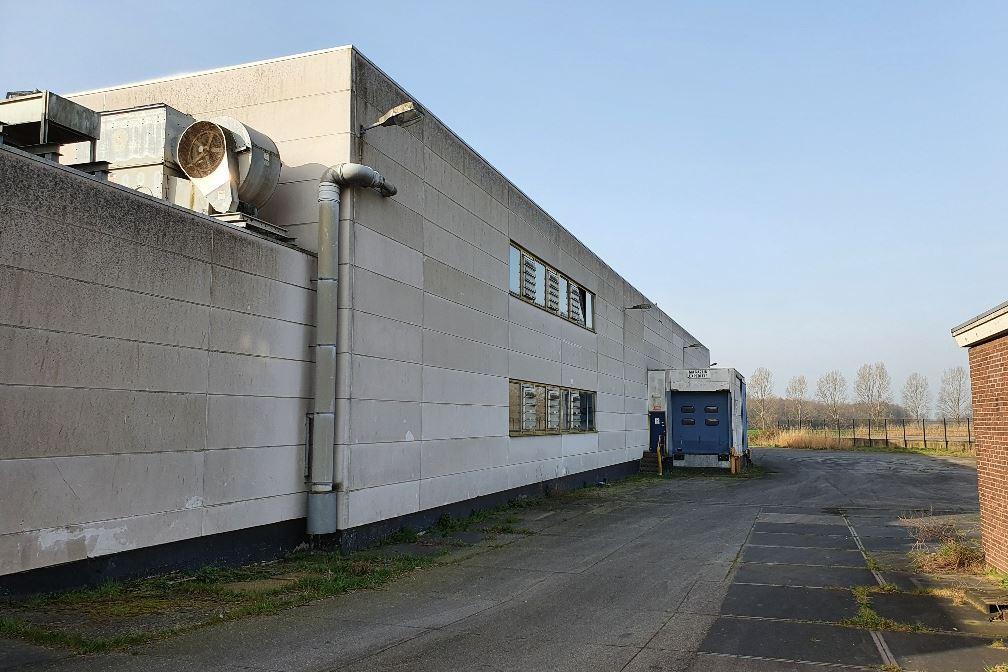 Bekijk foto 3 van Bredaseweg 14