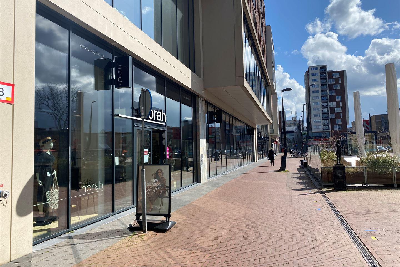 Bekijk foto 3 van Raadhuisplein 7