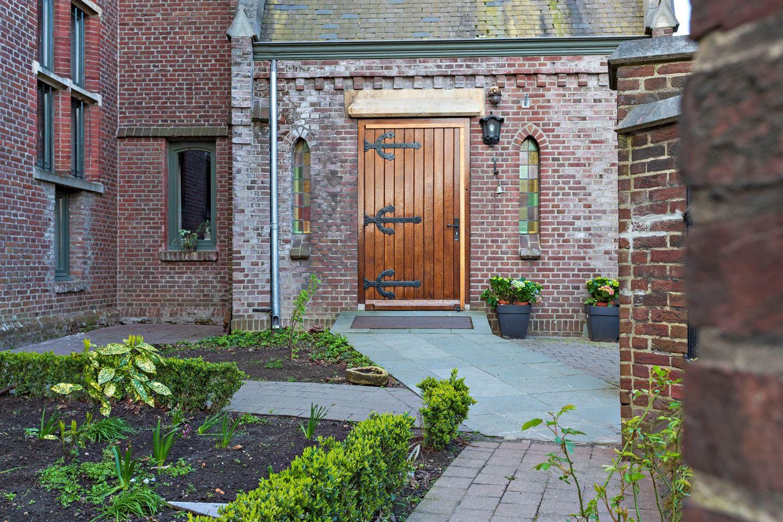 View photo 3 of Venloseweg 78