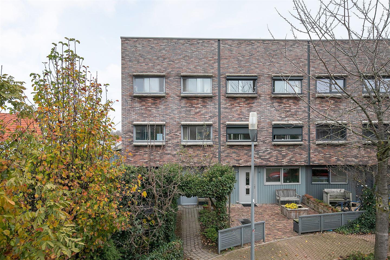 View photo 1 of Dokter Huijgenhof 28