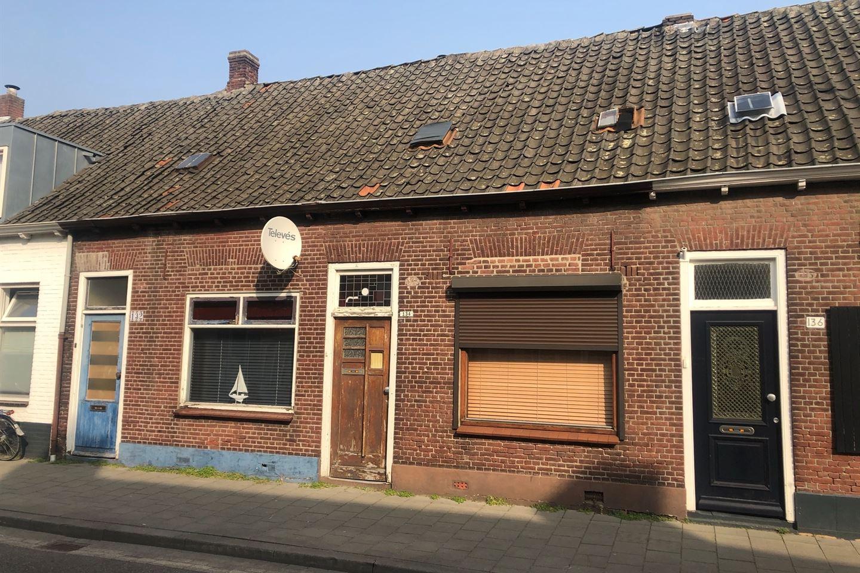 Bekijk foto 2 van Hoefstraat 132 - 134