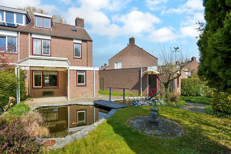 View photo 2 of Boksdoorn 17