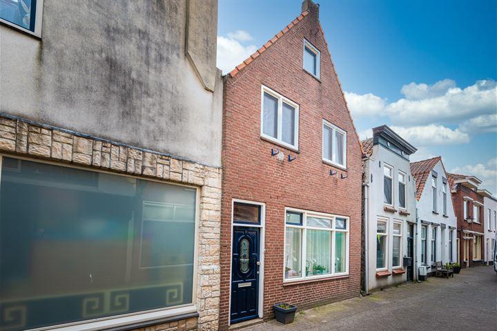 Straatdijk 9