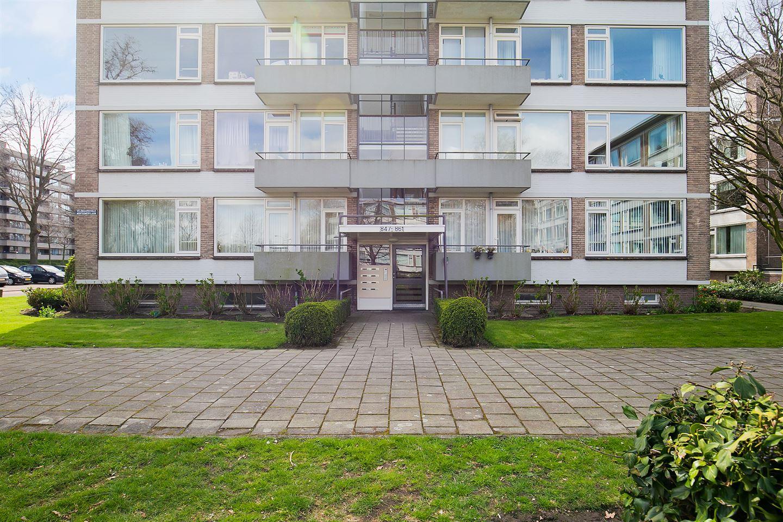 Bekijk foto 1 van Veldmaarschalk Montgomerylaan 861