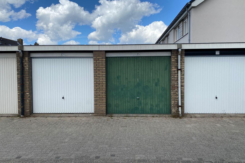 Bekijk foto 1 van Wilgenstraat 35