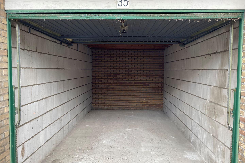 Bekijk foto 2 van Wilgenstraat 35