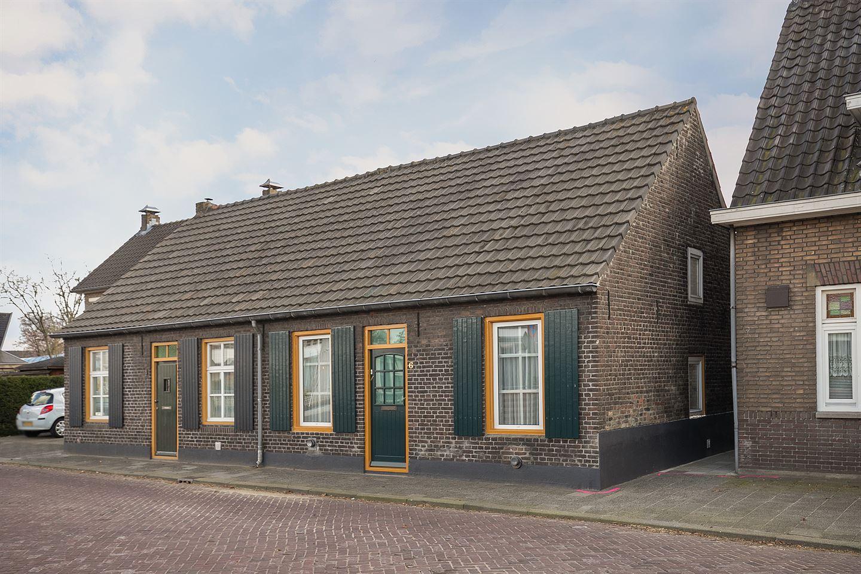 Bekijk foto 1 van Willem de Haasstraat 6