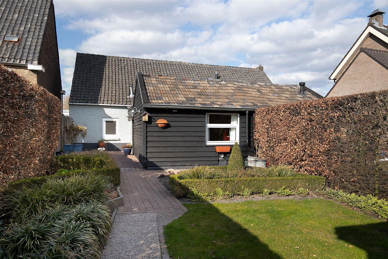 Bekijk foto 2 van Willem de Haasstraat 6